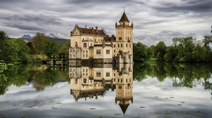 Building Castle Lake Reflection 2300x1450 wallpaper
