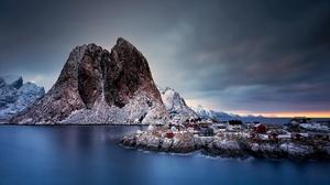 Island Norway Reine 2048x1200 Wallpaper
