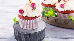Cream Cupcake Sweets 7000x4667 wallpaper