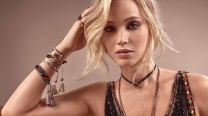 Blonde Actress 2560x1600 Wallpaper