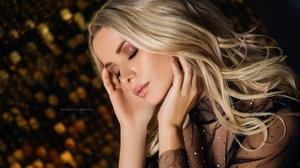 Women Blonde Long Hair Makeup Black Clothing Gold Portrait 1800x1200 Wallpaper
