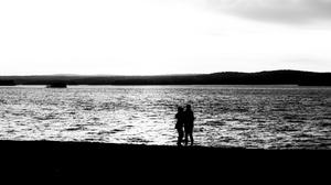 Lake Hugging Dusk Monochrome Silhouette Mountains 1920x1080 Wallpaper