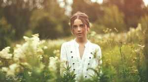 Yuri Egoroff Ksenia Kokoreva Women Brunette Hairbun Looking At Viewer Shirt White Clothing Nature Pl 2000x1333 wallpaper