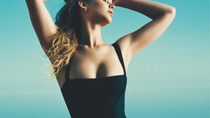 Actress American Blonde Jennifer Lawrence Swimwear 2310x2003 Wallpaper