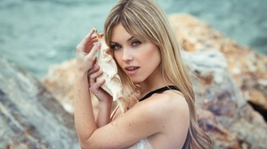 Blonde Girl Long Hair Model Shell Woman 2048x1423 Wallpaper