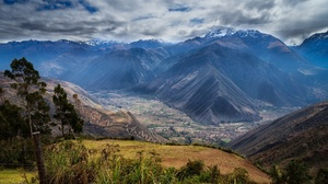 Andes Mountain Peru Sacred Valley 2048x1340 Wallpaper