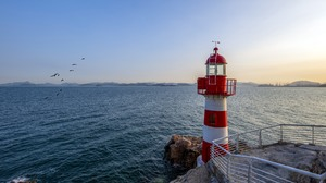 Lighthouse Sea 5120x3200 Wallpaper