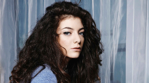 Lorde 3000x1687 Wallpaper