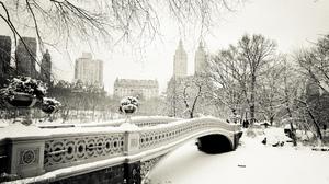 Bow Bridge Central Park Manhattan New York Winter 2048x1536 wallpaper