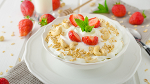 Breakfast Muesli Still Life Strawberry 6016x3985 Wallpaper