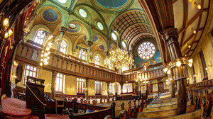 Chandelier Church New York Religious Synagogue Usa 2048x1367 Wallpaper