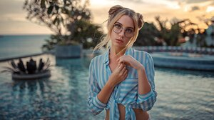Women Brunette Women With Glasses Face Women Outdoors Sunset Swimming Pool Shirt Hairbun Tanned Glas 1600x900 Wallpaper