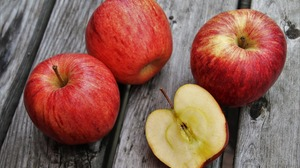 Apple Fruit 1920x1280 Wallpaper
