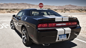 Vehicles Dodge Challenger SRT8 2048x1536 Wallpaper