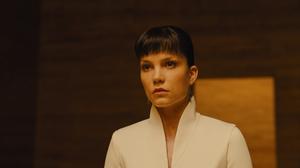 Blade Runner 2049 Sylvia Hoeks 2048x1317 Wallpaper