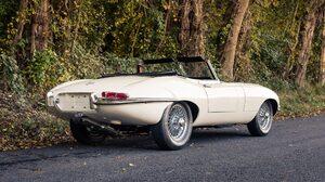 Sport Car Convertible Old Car White Car Car 2048x1152 Wallpaper