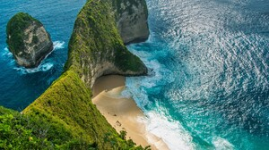 Landscape Nature Water Sea Island Beach Sand Plants Waves Water Ripples Kelingking Beach Bali Indone 1920x1080 wallpaper