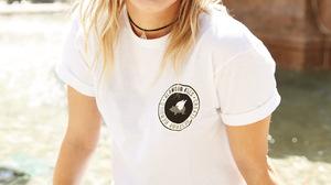 Jenna McDougall Women Singer Blonde Australian Smiling Outdoors Nose Ring Necklace 1279x1920 wallpaper