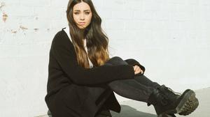 Jasmine Thompson Women Singer Brunette Long Hair Outdoors Urban Women Outdoors Black Sweater 1920x1200 wallpaper