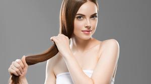 Face Girl Hair Hand 2800x2073 Wallpaper