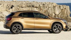Brown Car Compact Car Crossover Car Luxury Car Mercedes Benz Gla Class Suv 1920x1080 Wallpaper