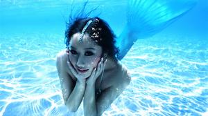 Girl Woman Underwater 1920x1200 Wallpaper