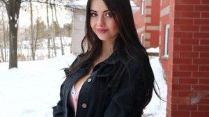 Model Brunette Looking At Viewer Outdoors Women Outdoors Snow 2000x1600 Wallpaper