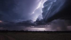 Cloud Lightning 2500x1668 Wallpaper