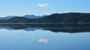 Australia Bay Lake Mountain Queensland Reflection 2176x1224 Wallpaper