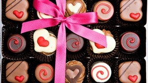 Chocolate Heart Holiday Ribbon Valentine 039 S Day 5008x3405 Wallpaper