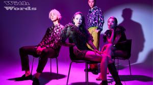 K A R D K Pop Matthew Kim Somin J Seph Jiwoo Women Men Asian Sitting Looking At Viewer Studio Men In 2400x1600 Wallpaper