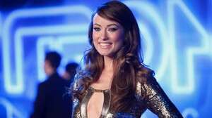 Olivia Wilde 2371x1600 Wallpaper