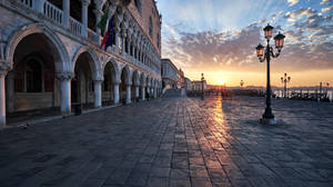 Architecture Building Arch Town Square Venice Italy Lamp Street Light Cobblestone Flag Old Building  1800x1200 Wallpaper