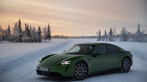 Snow Porsche Car Winter Green Car Sport Car 4096x2730 Wallpaper
