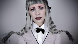 American Blue Eyes Braid Lipstick Melanie Martinez Singer 2000x1277 Wallpaper