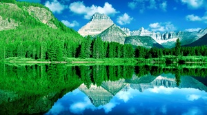 Forest Lake Mountain Reflection 2048x1367 wallpaper