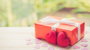 Gift Heart Love Valentine 039 S Day 5340x3559 Wallpaper