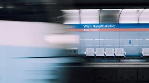 Terminal Train Train Station Phone Subway Railway 3667x5407 Wallpaper