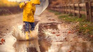 Jessica Drossin Children Umbrella Raincoat Yellow Raincoat Water Splash Reflection Fallen Leaves Ove 1365x2048 Wallpaper