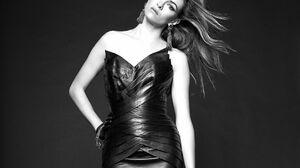 Black Amp White Danielle Panabaker Dress Earrings Monochrome 1709x1388 Wallpaper