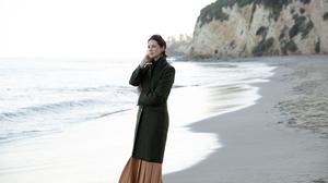 Actress Irish Face Black Hair Short Hair Depth Of Field Coat Beach 5000x3333 Wallpaper