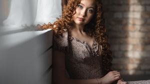 Vladimir Vasilev Women Brunette Long Hair Curly Hair Makeup Eyeshadow Blue Eyes Looking At Viewer Dr 2160x1440 Wallpaper