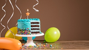 Balloon Birthday Cake Celebration Pastry 6611x4426 Wallpaper