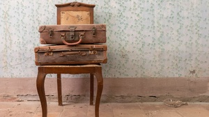Old Wall Chair Suitcase 2048x1152 Wallpaper