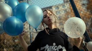 Yuriy Lyamin Women Ksenia Kokoreva Braids Brunette Looking At Viewer Hoods Black Clothing Sportwear  2560x1440 Wallpaper