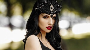 Alla Berger Bokeh Brunette Girl Headband Lipstick Model Woman 1920x1280 wallpaper