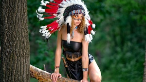 Girl Headdress Model Native American Woman 2400x1715 wallpaper