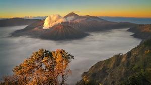Cloud Fall Indonesia Volcano 2048x1365 Wallpaper