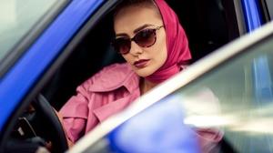 Car Girl Model Style Sunglasses 2200x1469 Wallpaper