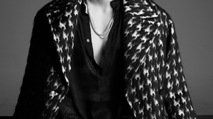 K A R D K Pop Matthew Kim Men Sidecut Music Asian Makeup Simple Background Gray Background Men Indoo 1400x2100 Wallpaper